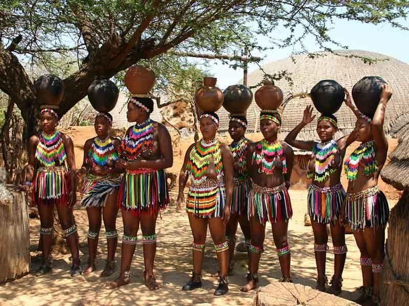 Этгл деревни Свазиленда