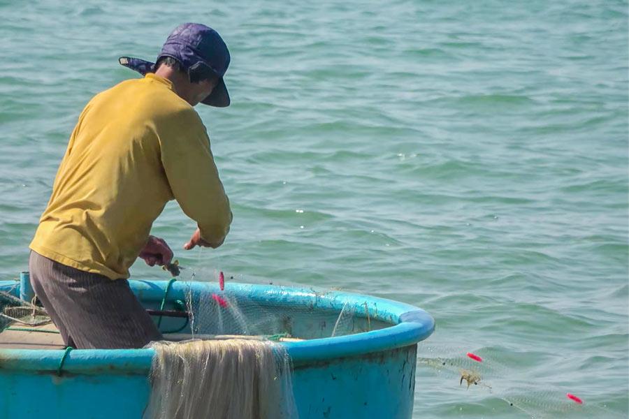 Рыбак в Муйне